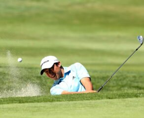 Ándres Romero se alza con el trofeo en el BMW International Open